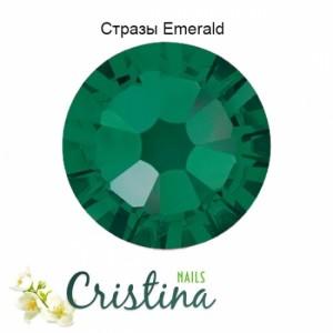 Стразы Emerald SS3